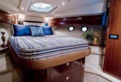 Cruisers Yachts Sports